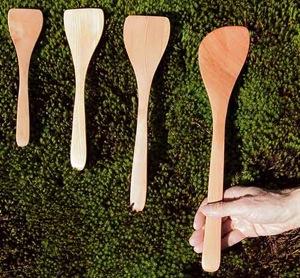 wooden-kitchen-utensils
