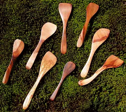 wooden-cooking-utensils