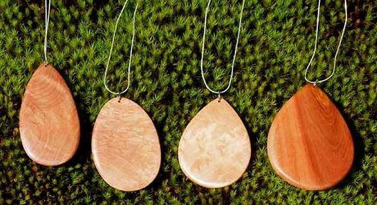 wooden-pendant-jewlery